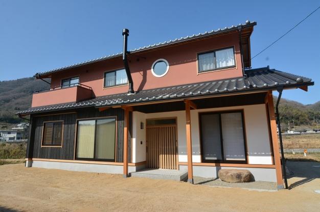 上質な自然素材で仕上げた和風の家
